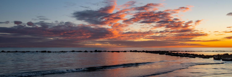 spiaggia-tramonto-483C43537-58D3-77A9-44E2-2DAB31D47A12.jpg